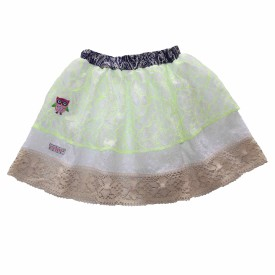Girls white skirt lr